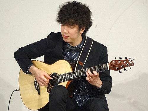 今年も楽しみました!『TOKYOハンドクラフトギターフェス 2017』_c0137404_23524283.jpg