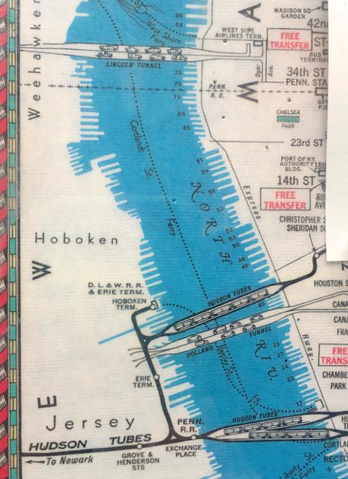 小学校前で昔のニューヨークの地下鉄路線図を発見!?_b0007805_18275978.jpg