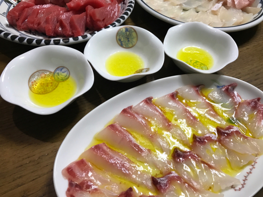 I\'ve made some carpaccio of fresh fishes._c0128818_07202063.jpg