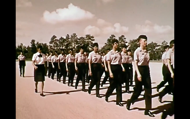 """Women in the US Navy: \""Ladies Wear The Blue\"" 1974 US Navy\""ってこんなこと。_c0140560_15192250.png"
