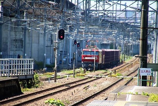 藤田八束の鉄道写真@東北本線東仙台駅にて貨物列車の写真を撮りました・・・爽やかな仙台は最高の季節到来_d0181492_14014353.jpg