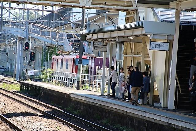 藤田八束の鉄道写真@東北本線東仙台駅にて貨物列車の写真を撮りました・・・爽やかな仙台は最高の季節到来_d0181492_14041718.jpg