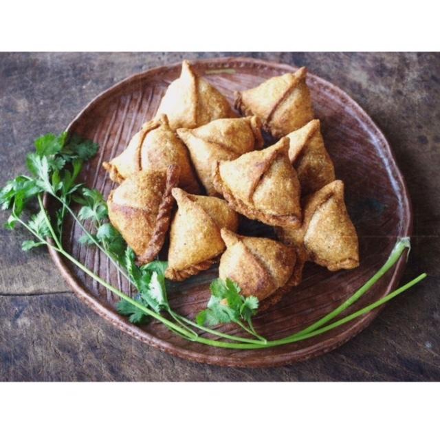 6/2〜4【FABRIC OF INDIA】サモサを食べよう!ブロックプリントをしよう!_b0184796_18580979.jpg