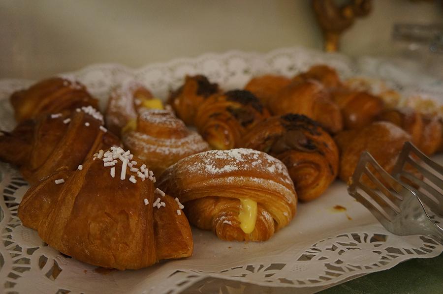 B&Bカスティリオーネで朝ご飯を食べて来ました_f0106597_05422441.jpg