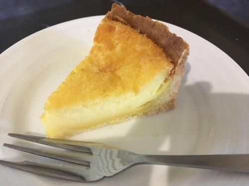 クリームチーズ不使用のベイクドチーズケーキ_e0355953_09531954.jpg