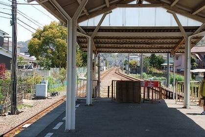 伊予鉄道高浜線 山西駅_e0030537_02393936.jpg