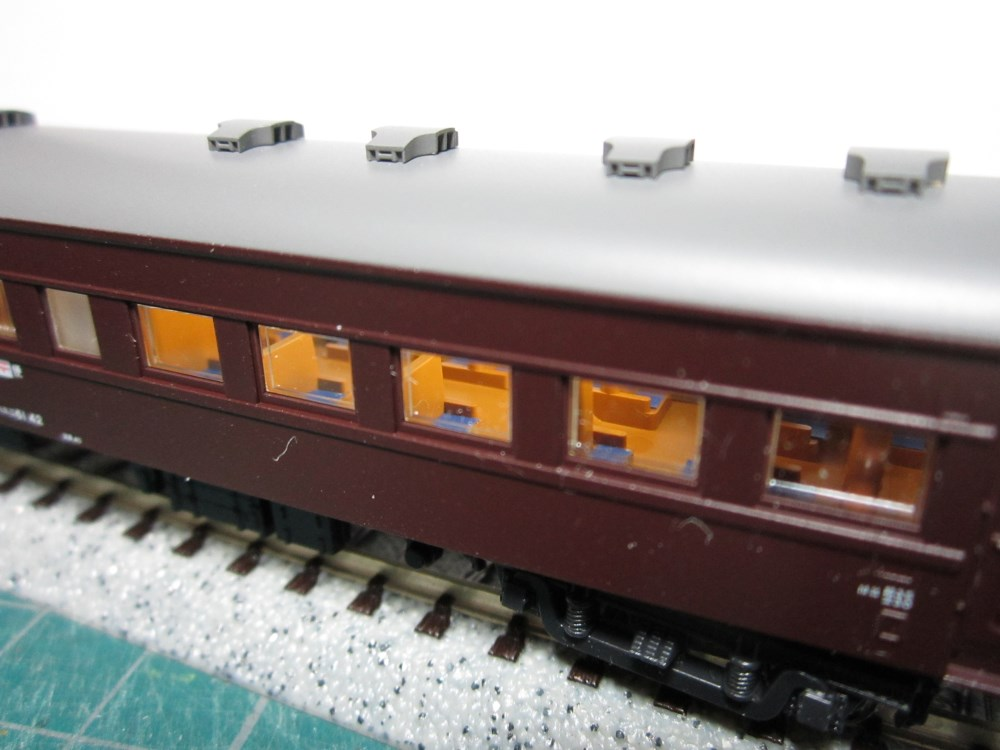 KATO オハ61系客車(特別企画品)をイジろう その1_e0120143_22423519.jpg