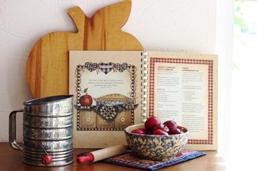 フレームの絵のような Linda Spivey さんの料理本_f0161543_18524050.jpg