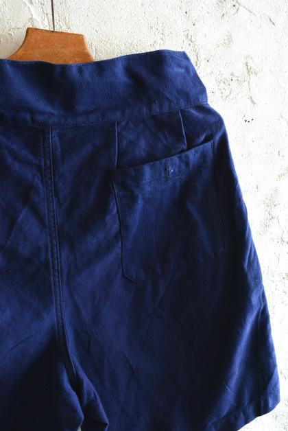 Italian navy chino shorts (gurkha shorts)_f0226051_14391098.jpg