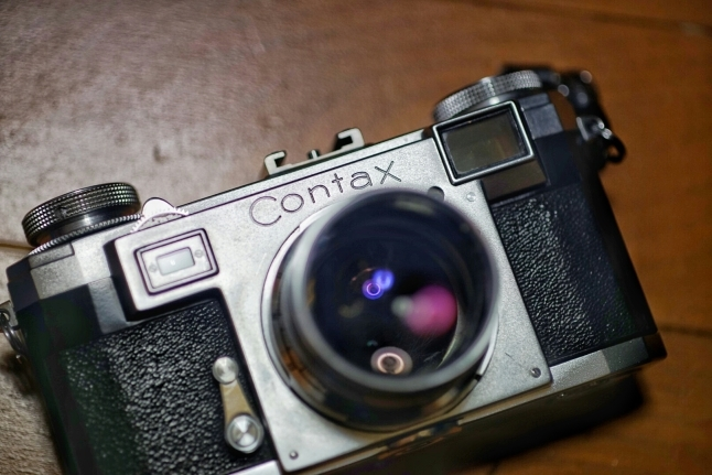 ★つい魔が差して。。。〔Contax IIa+Zeiss-Opton Sonnar T 50mm f1.5〕_e0291683_22390731.jpg