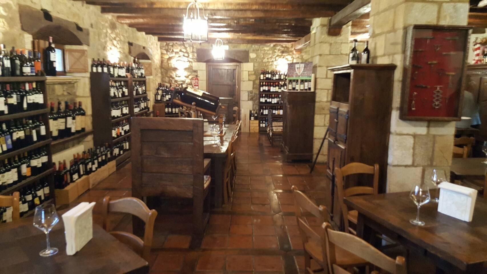 2017年GW スペインバスク地方、ワイナリーと バル巡りの旅 その4 ビルバオを一望できるレストランで_a0223786_13293618.jpg