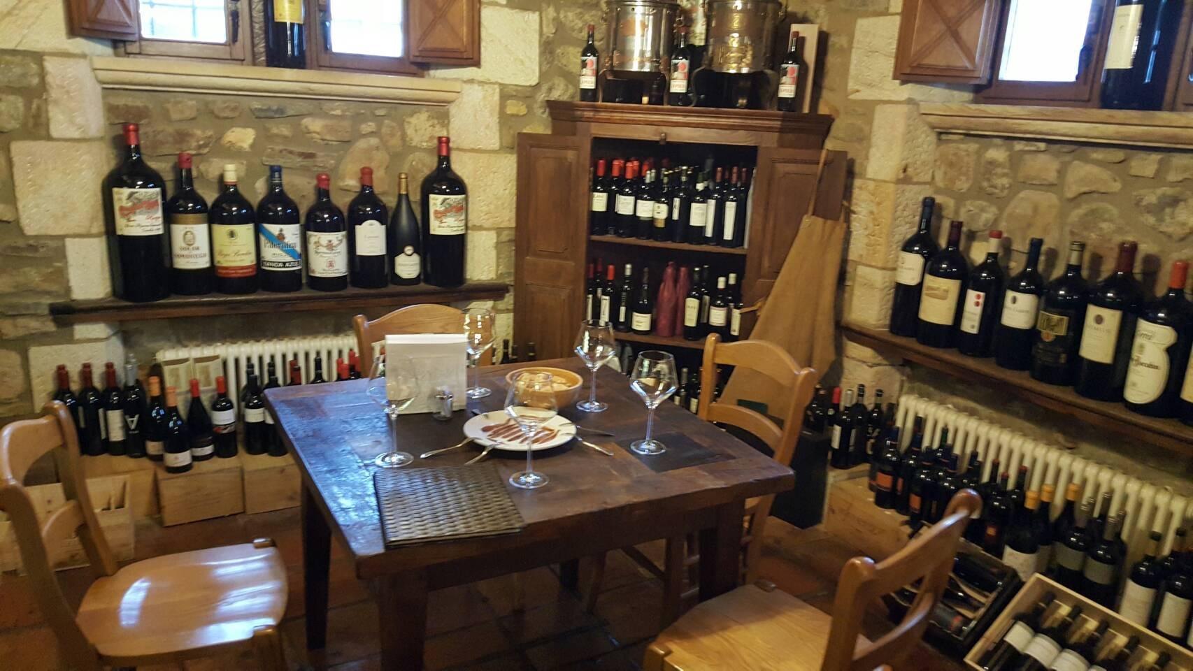 2017年GW スペインバスク地方、ワイナリーと バル巡りの旅 その4 ビルバオを一望できるレストランで_a0223786_13294254.jpg