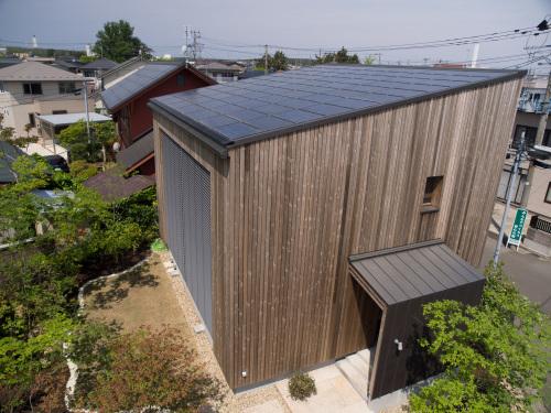 RealZEH・Q1住宅モデル能代:エコテクノルーフ_e0054299_14053175.jpg
