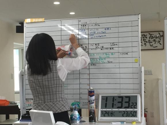 5月24日 水曜日にひとログヽ( 'ω' )ノ ランクル・アルファード・ハイエース多数取り揃え☆_b0127002_17572664.jpg