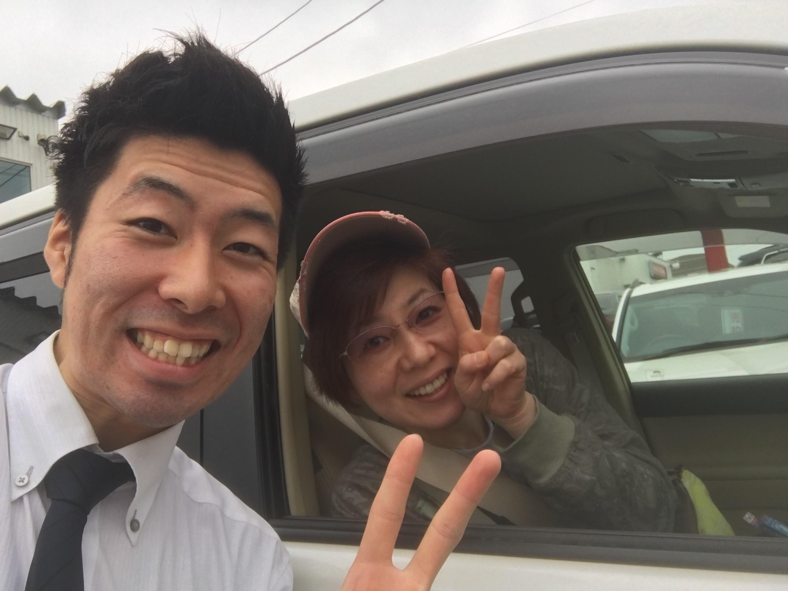 5月24日 水曜日にひとログヽ( 'ω' )ノ ランクル・アルファード・ハイエース多数取り揃え☆_b0127002_1823870.jpg