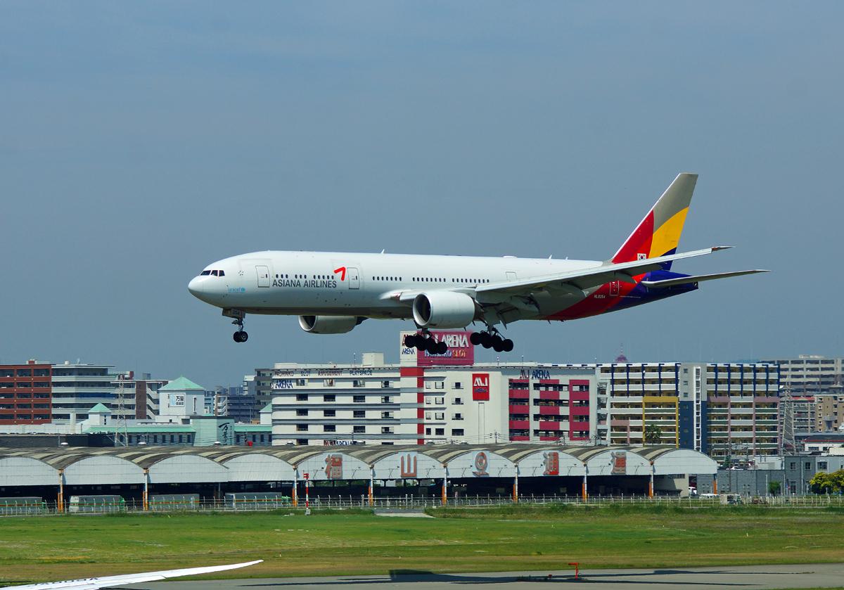 Asiana Airlines。_b0044115_83389.jpg