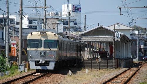 伊予鉄道高浜線 山西駅_e0030537_01375603.jpg