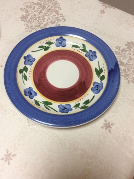 どんなお皿なら1枚で無駄なく使えるのか?断捨離するためのお皿選び。_a0188838_16044234.jpg