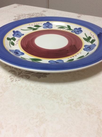 どんなお皿なら1枚で無駄なく使えるのか?断捨離するためのお皿選び。_a0188838_16050139.jpg