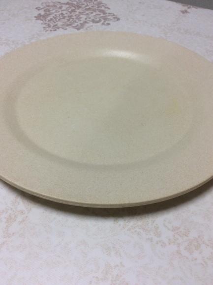 どんなお皿なら1枚で無駄なく使えるのか?断捨離するためのお皿選び。_a0188838_16051729.jpg