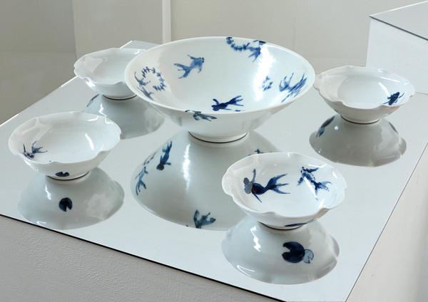 """【亀山サ苗展】いつものテーブルに""""夏の藍""""で季節を先取り!_a0017350_01561747.jpg"""