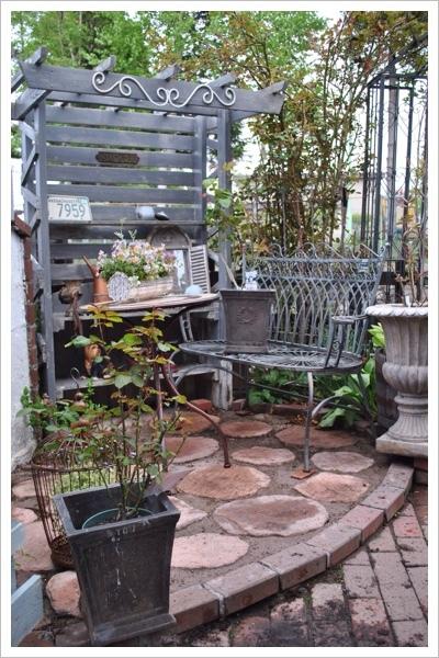 *庭の様子*_e0159050_21223475.jpg