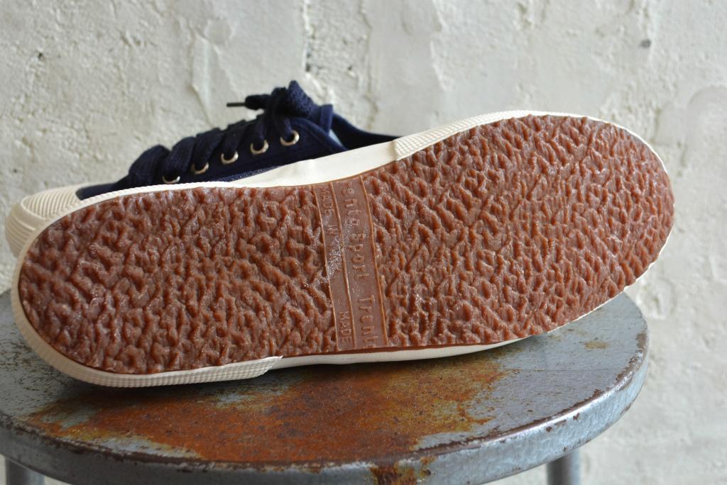Italian navy sneaker dead stock_f0226051_14203556.jpg