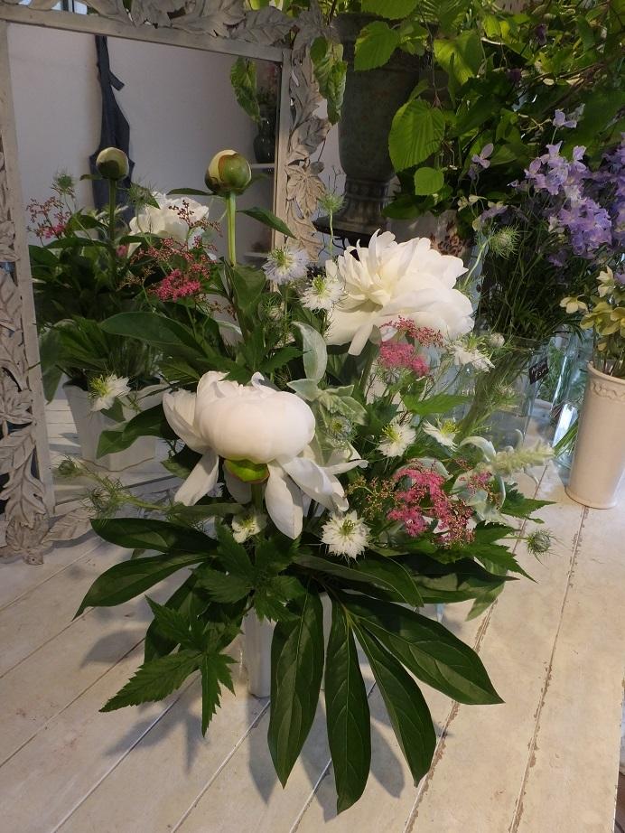 オークリーフ花の教室(赤地さんと宮原さんの作品)_f0049672_18040238.jpg