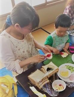親子で一緒にサンドイッチを作ろう!:5月23日火曜日_b0079382_1154324.jpg