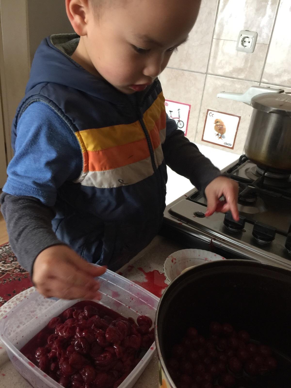 今日のお手伝い - トルコ子育て生活