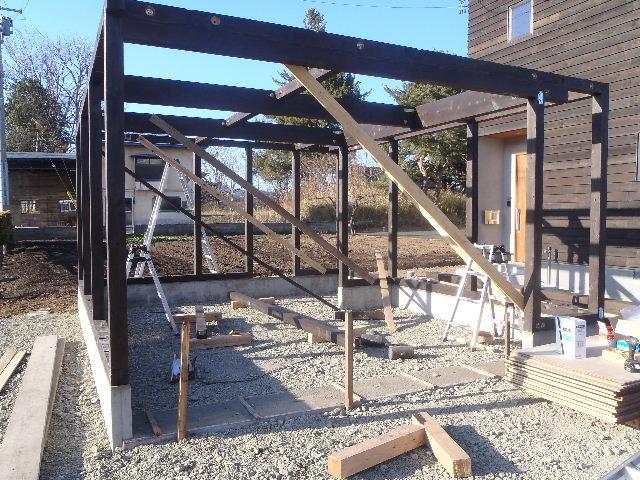木造ガレージを造る  続き_f0105112_4221759.jpg