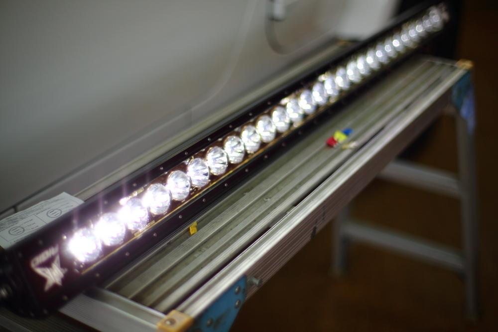 リジッドインダストリー LEDライトバー取り付け_f0105425_18231093.jpg