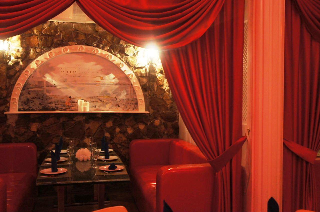 トルクメニスタンの旅(13) アシハバードの夜景と夕食とホテル_c0011649_23580970.jpg