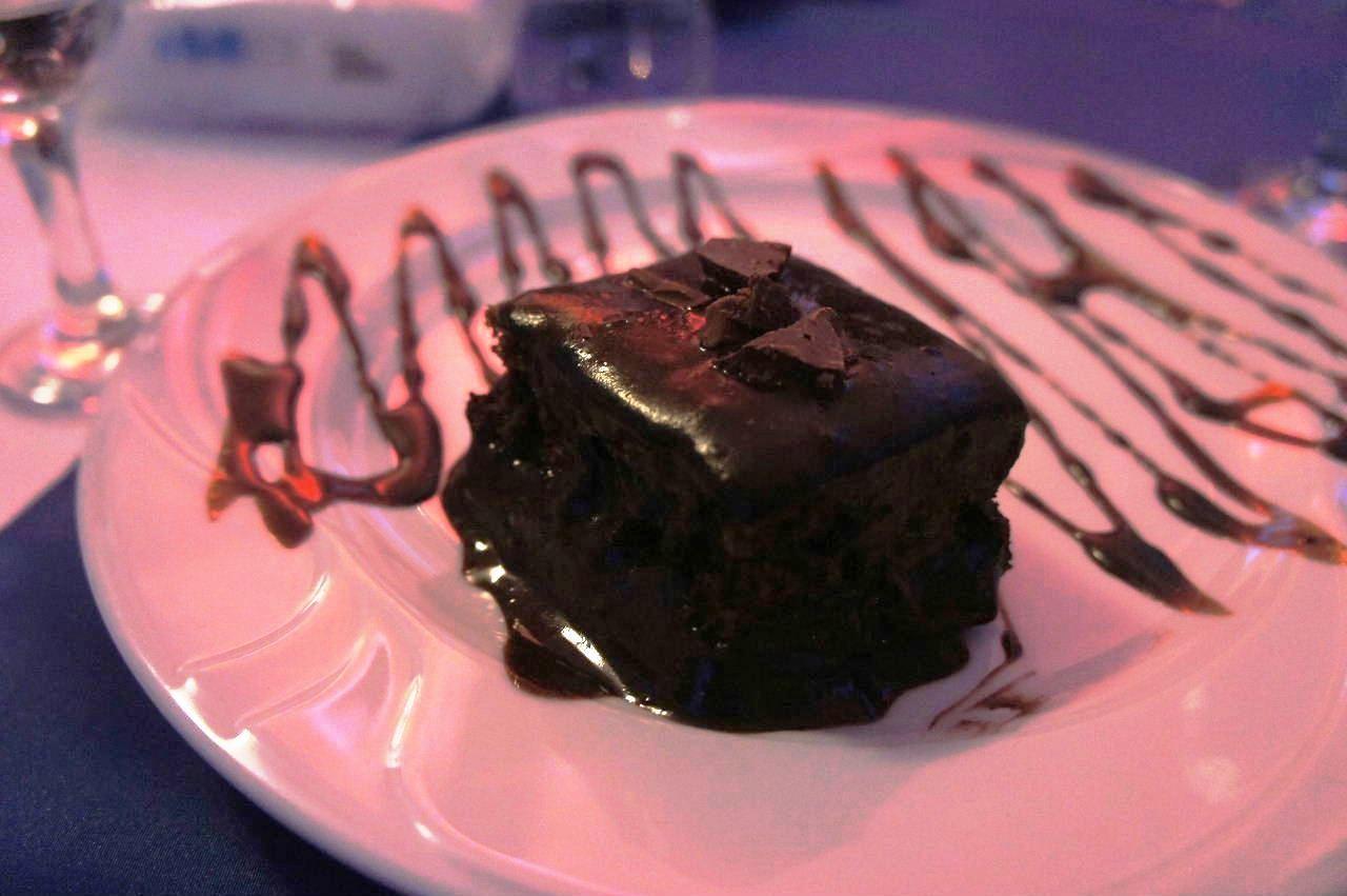 トルクメニスタンの旅(13) アシハバードの夜景と夕食とホテル_c0011649_23591876.jpg