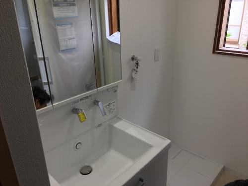 「浴室、洗面、ホール改築工事」@内灘_b0112351_19335018.jpg