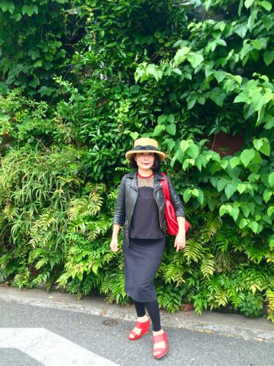 谷中ぶらぶら〜 ひみつ堂からのHAGIcafé_b0223370_14042067.jpg