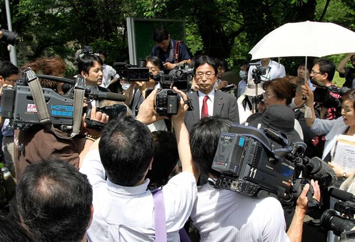 初公判が決まった!6月30日10時東京地裁_e0068696_6502456.jpg
