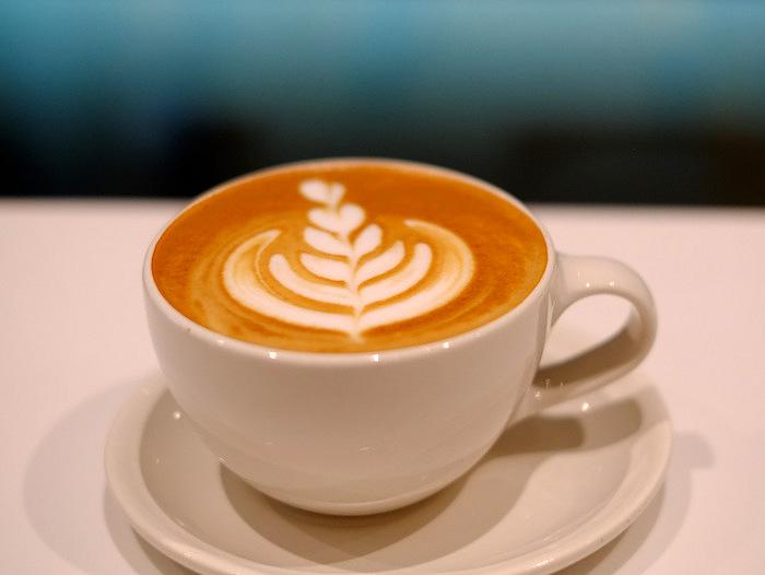 「品川・港南アトレ品川 ブルーボトルコーヒー」