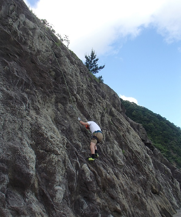 岩登り教室_d0007657_11363931.jpg