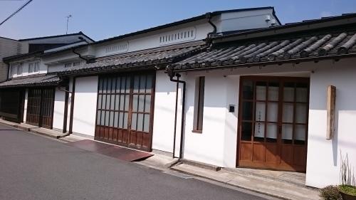 路地を曲がれば醤油の香り~松山で、味噌・醤油を購入_c0100865_09062300.jpg