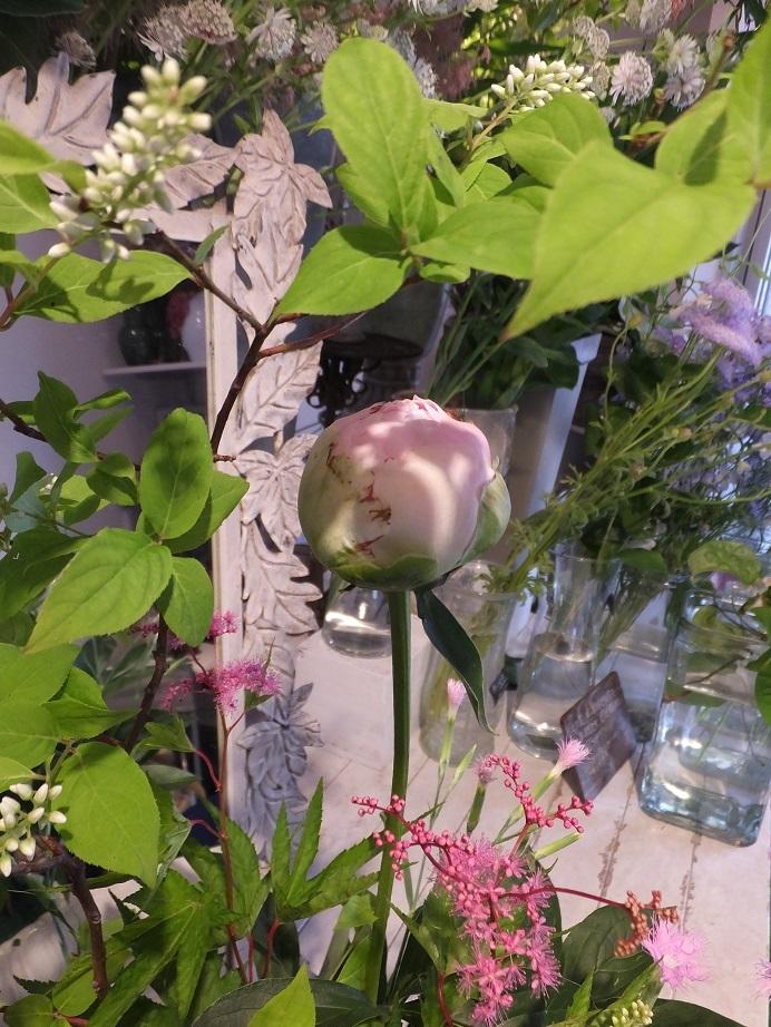オークリーフ花の教室(山田さんの作品)_f0049672_18532362.jpg