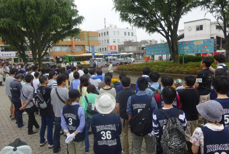 小平駅南口ロータリー花壇の花植え_f0059673_22171773.jpg