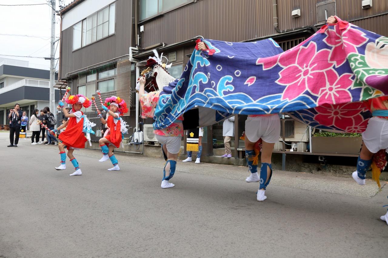 六渡寺の獅子舞 その1_c0196076_23261462.jpg