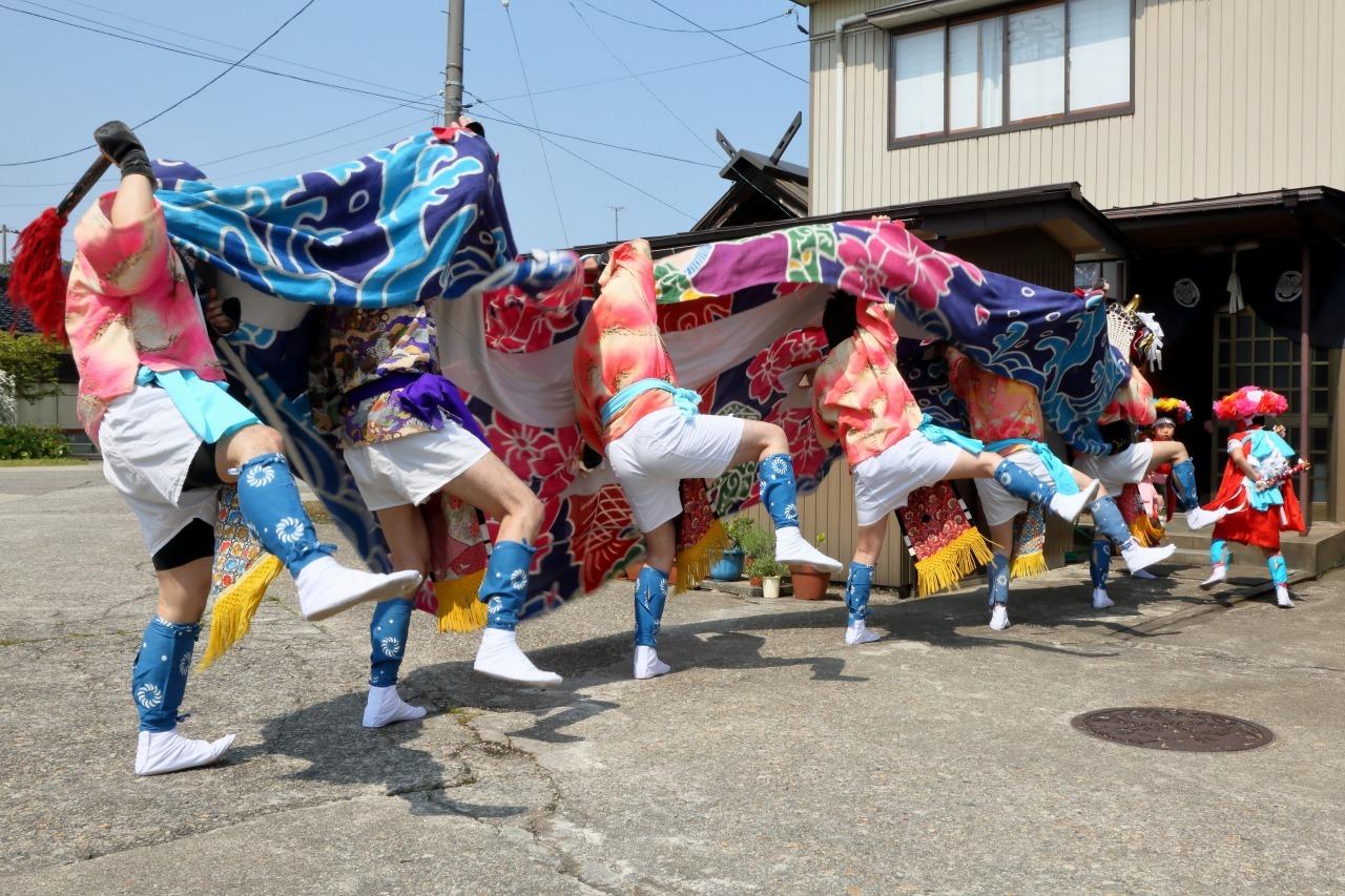 六渡寺の獅子舞 その1_c0196076_23382174.jpg