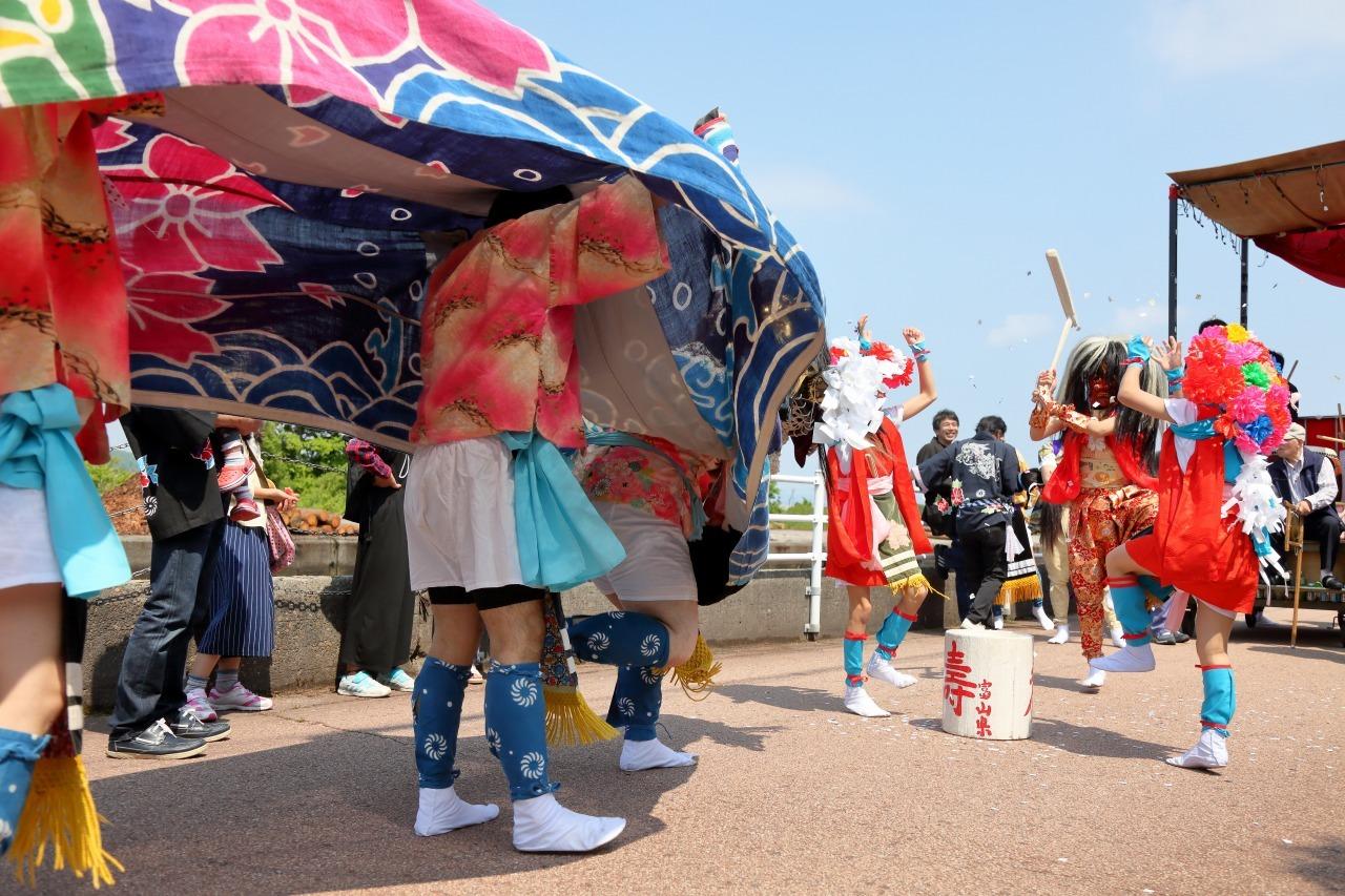 六渡寺の獅子舞 その1_c0196076_23382309.jpg