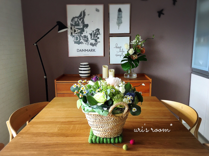 わが家のダイニングを彩る美しいお花と、スーモマガジン掲載のお知らせ!_a0341288_20585269.jpg