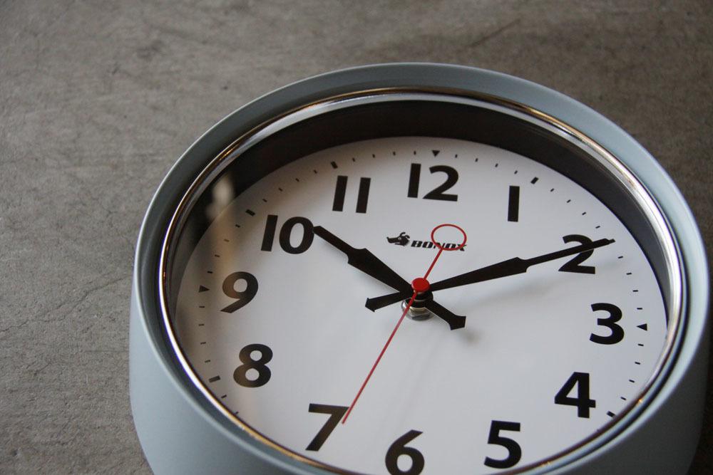 wall clock._e0228408_12421840.jpg