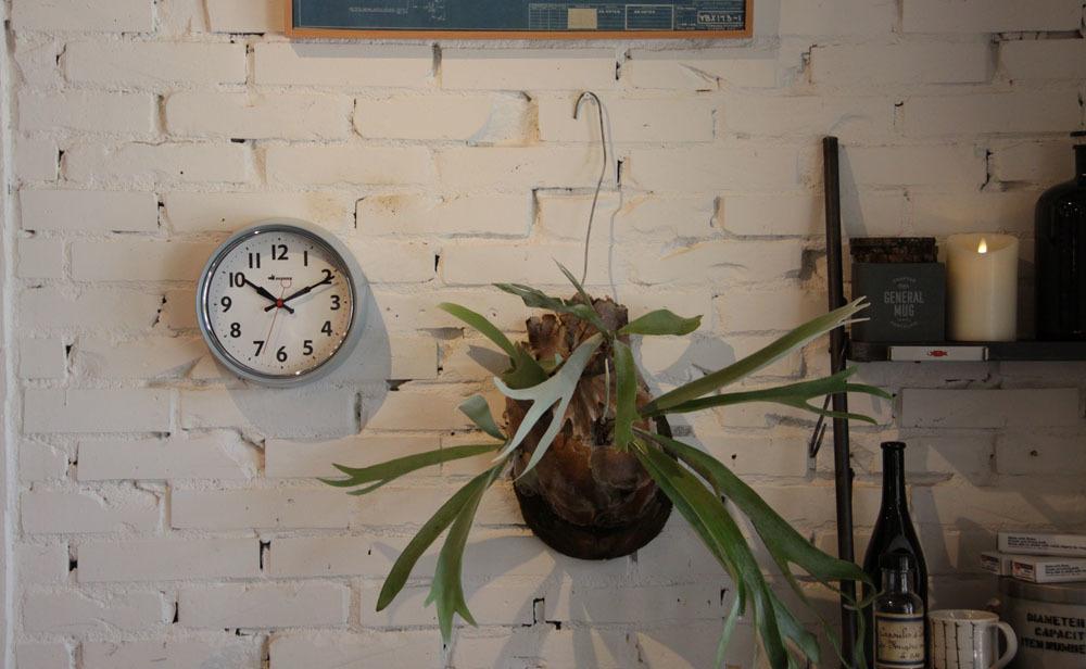 wall clock._e0228408_12423960.jpg