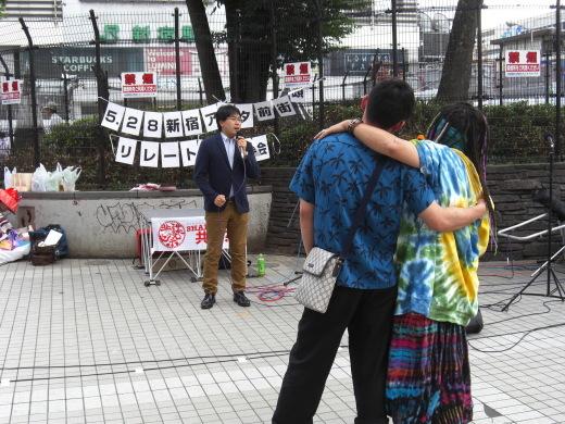 新宿アルタ前の共謀祭_c0106409_23005540.jpg
