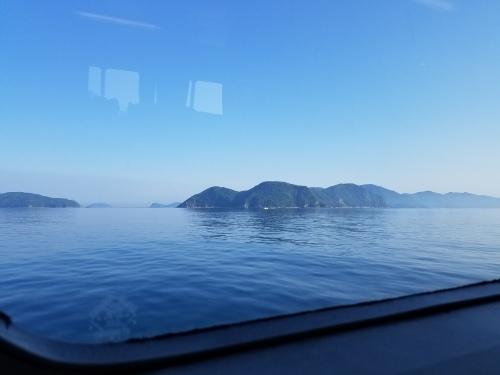 離島から離島_f0358212_07383520.jpg